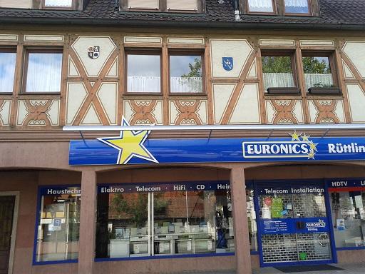 Hrázdené domy v Nemecku - že sa dá spojiť aj nový obchod so starým domom?
