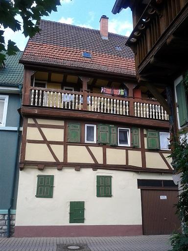 Hrázdené domy v Nemecku - keď sme aj mali takéto domy v centre, dali sa cigánom zničiť. Potom sa zbúrali a teraz tam stoja nové opachy