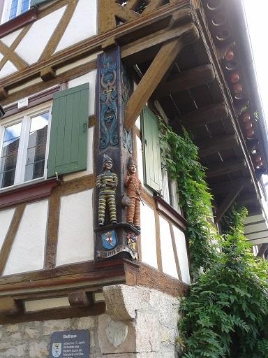Hrázdené domy v Nemecku - krásny detail treba zvýrazniť