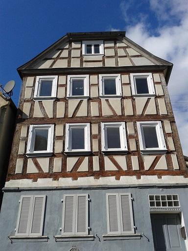 Hrázdené domy v Nemecku - tento ešte čaká na opravu