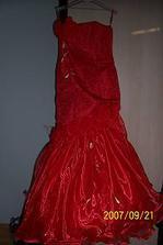 A moje popolnočné šaty..