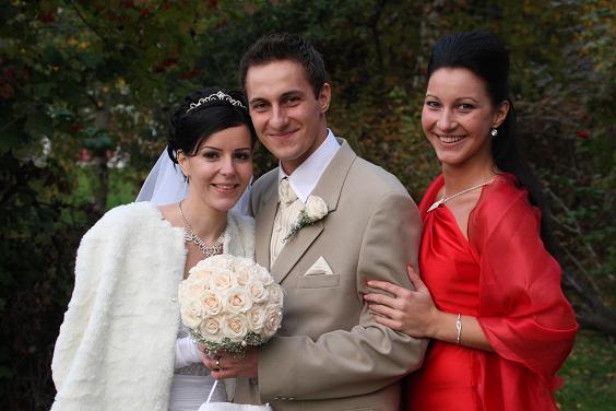 2xL{{_AND_}}M :) - s manželovou sestrou-mojou švagrinou:)