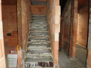 září 2011 ... schodište, povrch zůstane betonový (pohledový beton)