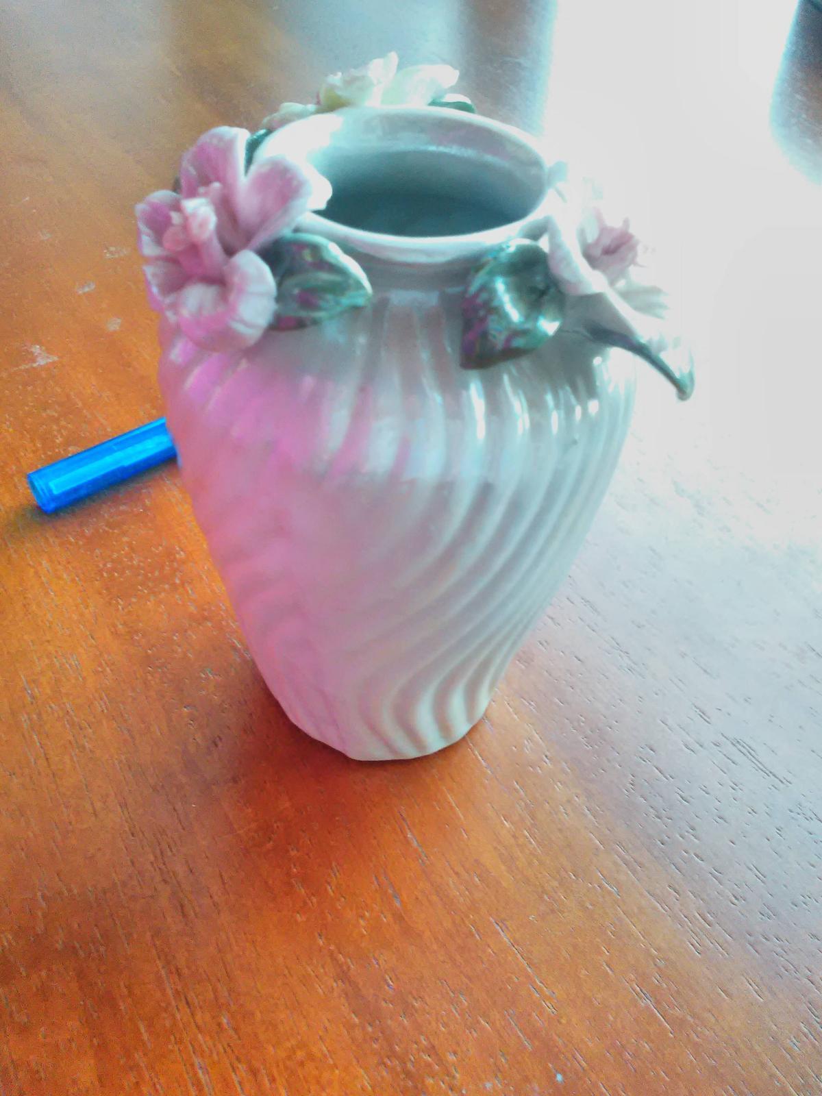 Vázička keramická - Obrázok č. 1
