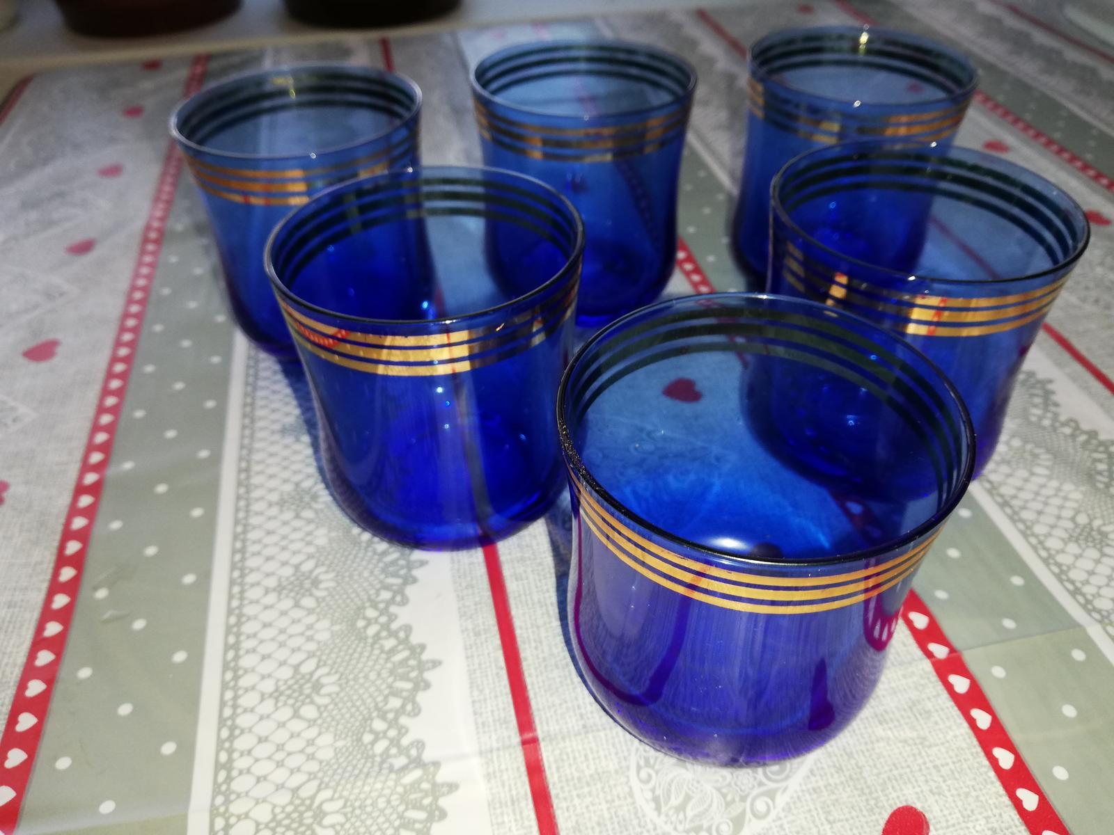Kráľovsky modré retro poháre - Obrázok č. 1