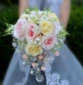 Svadobna kytica ruze a konvalinky ,