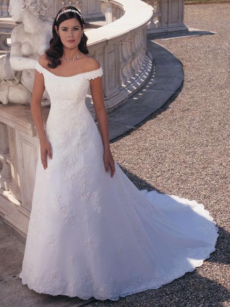 Jen svatební šaty - Obrázek č. 20
