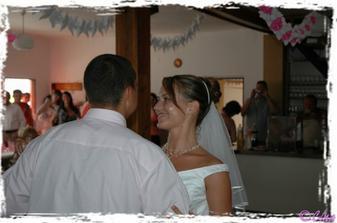 náš první novomanželský waltz