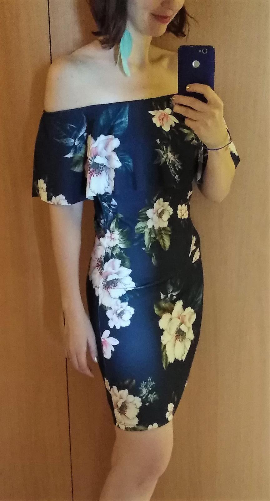 šaty s volánom na ramenách - Obrázok č. 3