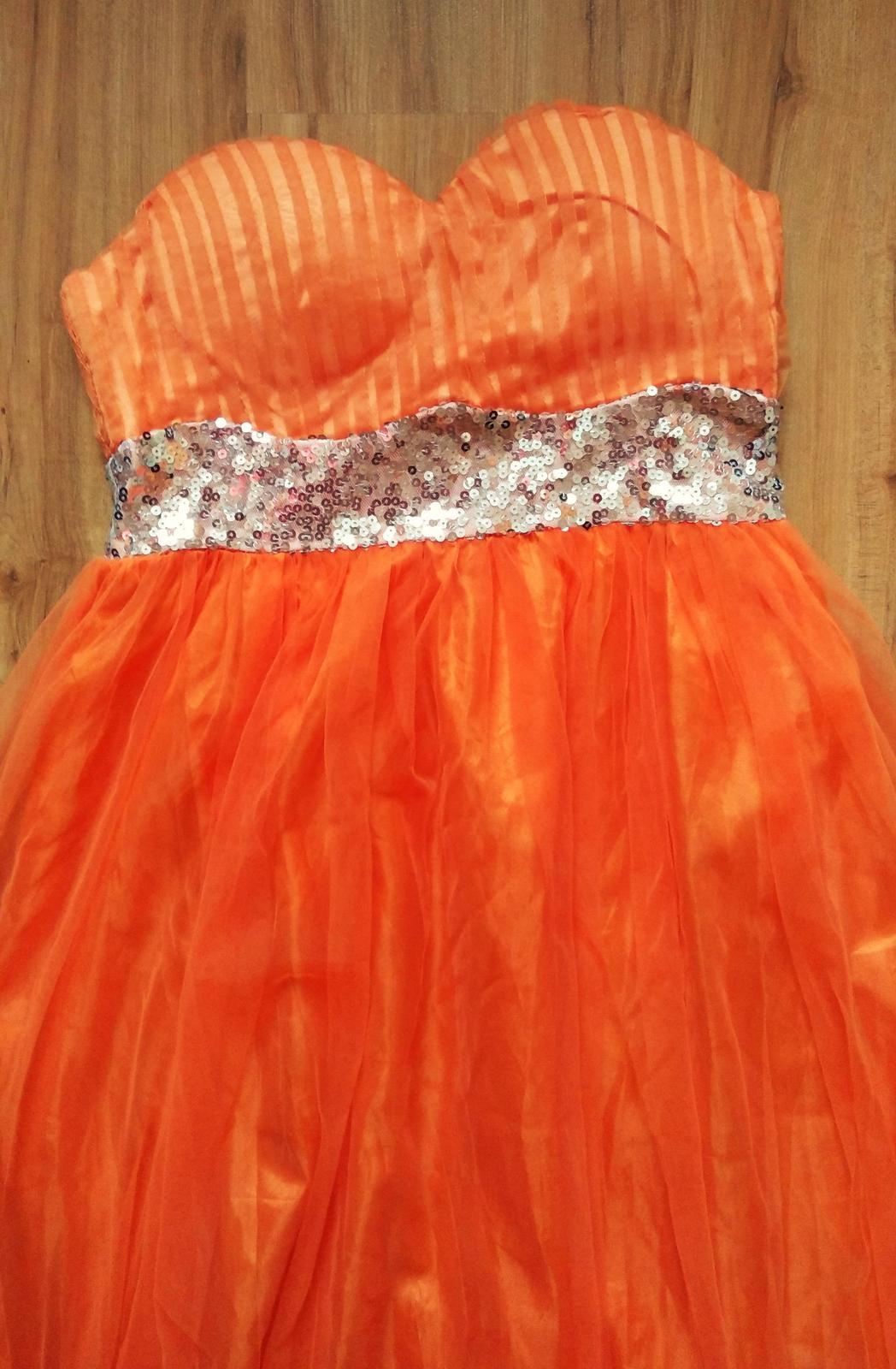 spoločenské šaty s trblietavým pásom  - Obrázok č. 2