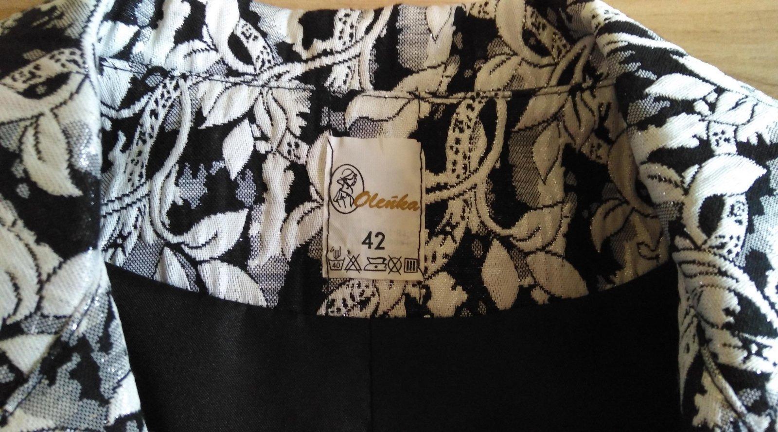 čiernobiele kvetinové sako - Obrázok č. 3