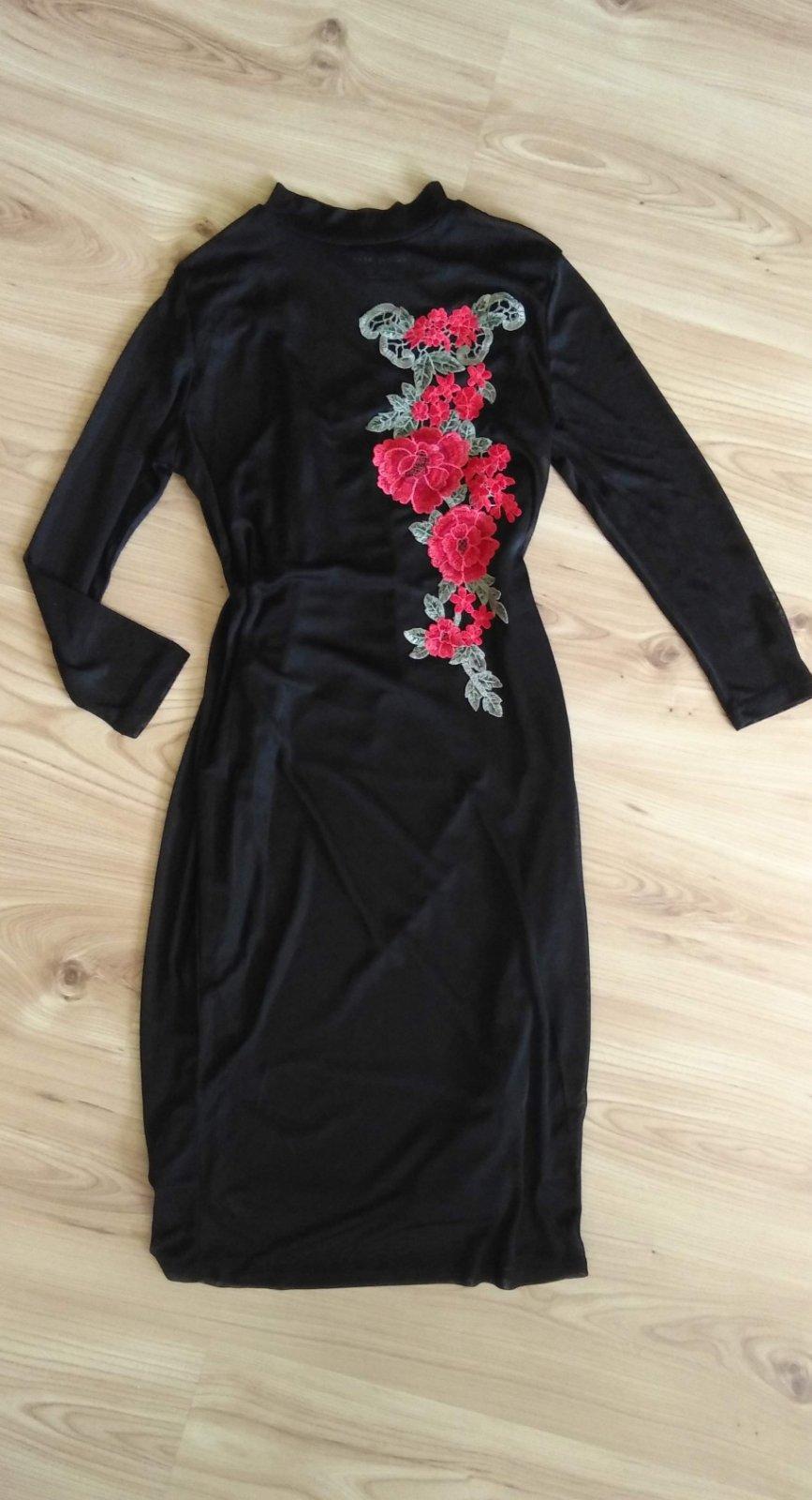 šaty s výšivkou - Obrázok č. 1