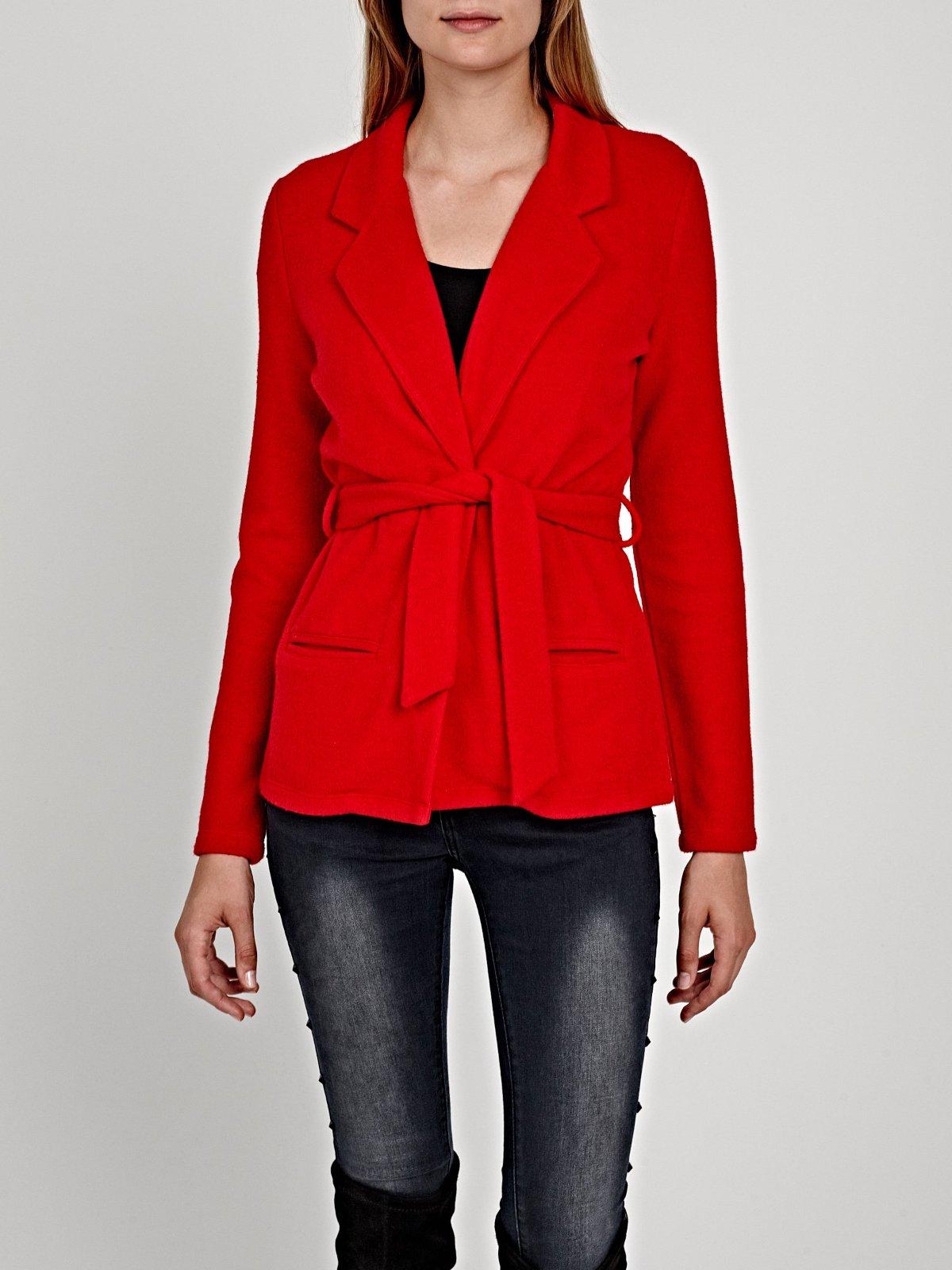 Červený kabátik s opaskom - Obrázok č. 4