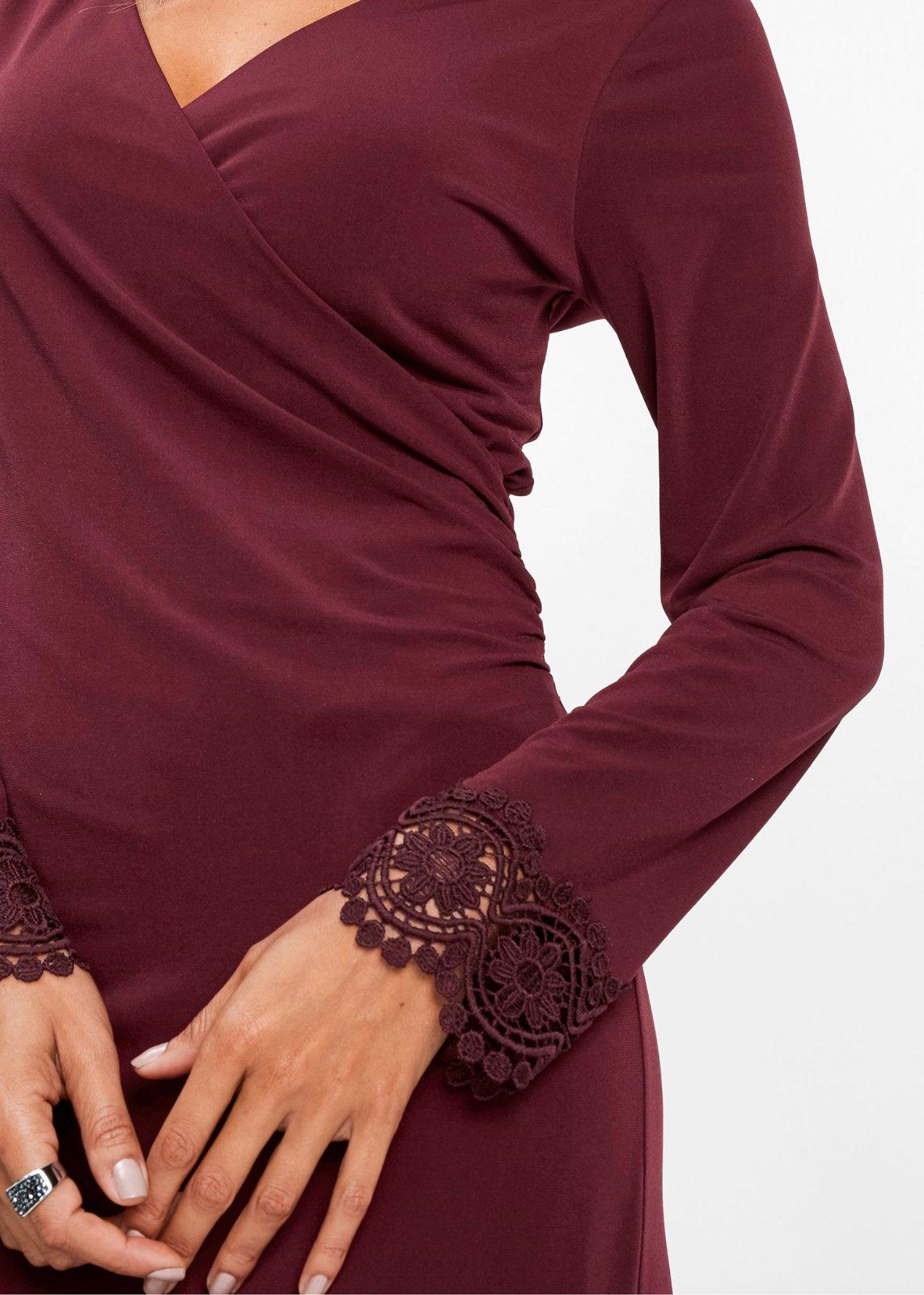 šaty s ozdobnými rukávmi - Obrázok č. 4