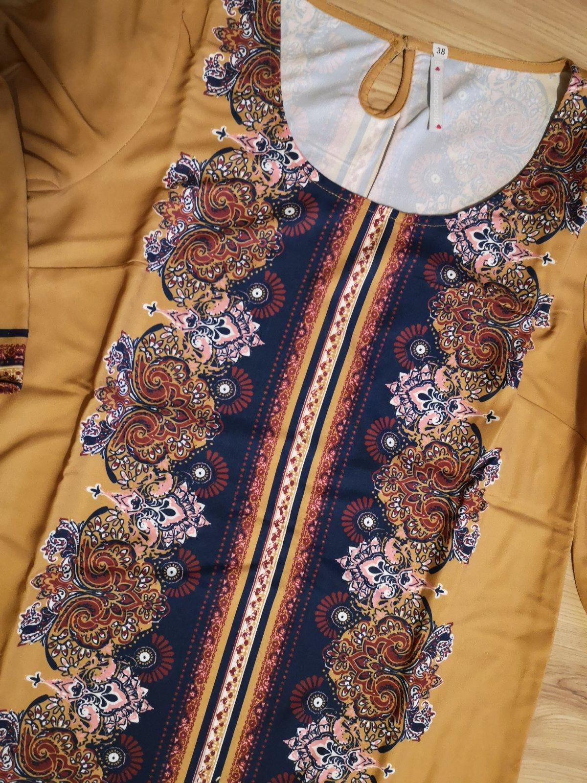 vzorované šaty s opaskom - Obrázok č. 4