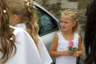 drůžička (dcera svědkyně)