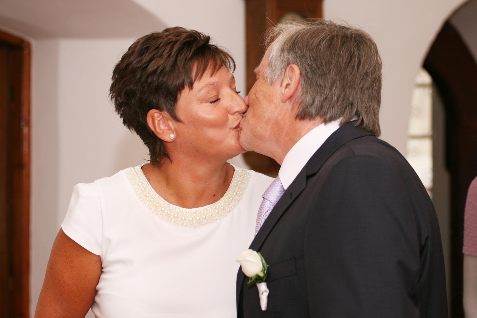 Dnes se oženil můj taťka :-) - Obrázek č. 9