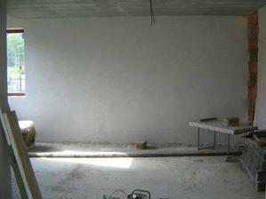 severná stena obývačky ...zrušili sme terasovky a dalšie rohové okno namiesto okna ide komín a krb viď pravý kút