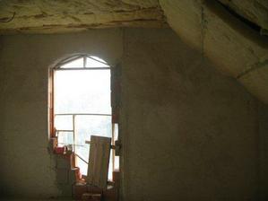 okno zatial neokne na detskej izbe ...zatial nieje namontované kôli trepni