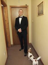 Môj absulútne nefotogenický snúbenec a psík :)