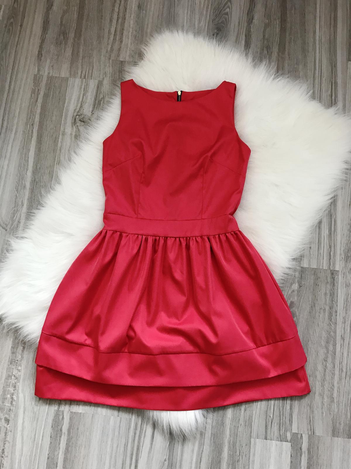 Spoločenské cyklaménové šaty - Obrázok č. 1