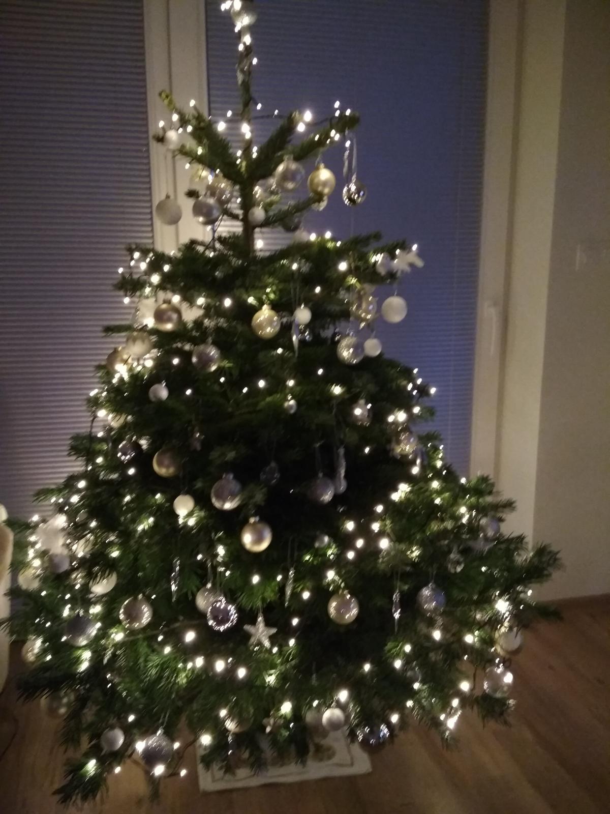 Hezké Vánoce všem na... - Obrázek č. 2