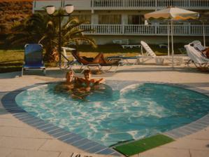 Náš nejoblíbenější bazének po dobu svatební cesty.