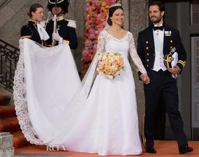 V roku 2015 si svoje áno povedali aj švédsky princ Carl Philip a Sofia Hellqvist. Myrta v nevestinej kytici podľa švédskej kráľovskej tradície pochádzala zo záhrad zámku Sofiero. Šaty boli od Idy Sjöstedt v troch odtieňoch bielej.