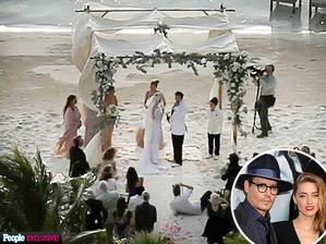 Vanessa Paradis asi nemala dôvod na úsmev, keď sa v roku 2015 Johnny Depp po krátkej známosti s Amber Heard ženil na pláži vlastného ostrova. No aj v tomto prípade platí, kto sa smeje naposledy, ten sa smeje najelpšie, v roku 2016 prišiel rozvod...