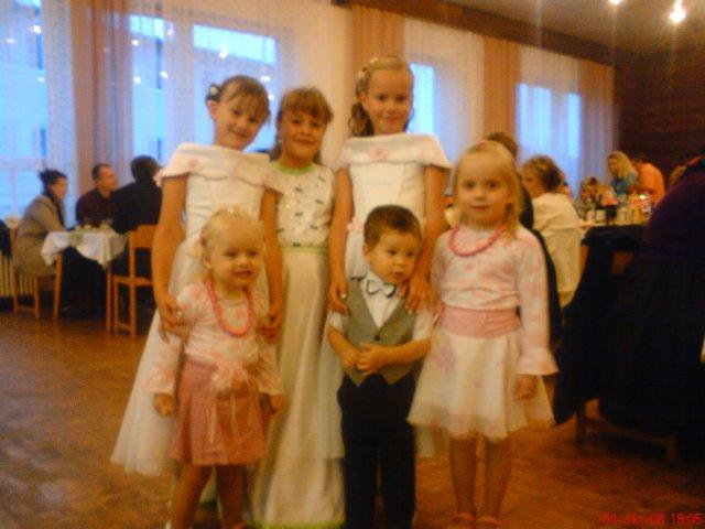 Zuzana{{_AND_}}Peter - najmladší svadobčania :-)