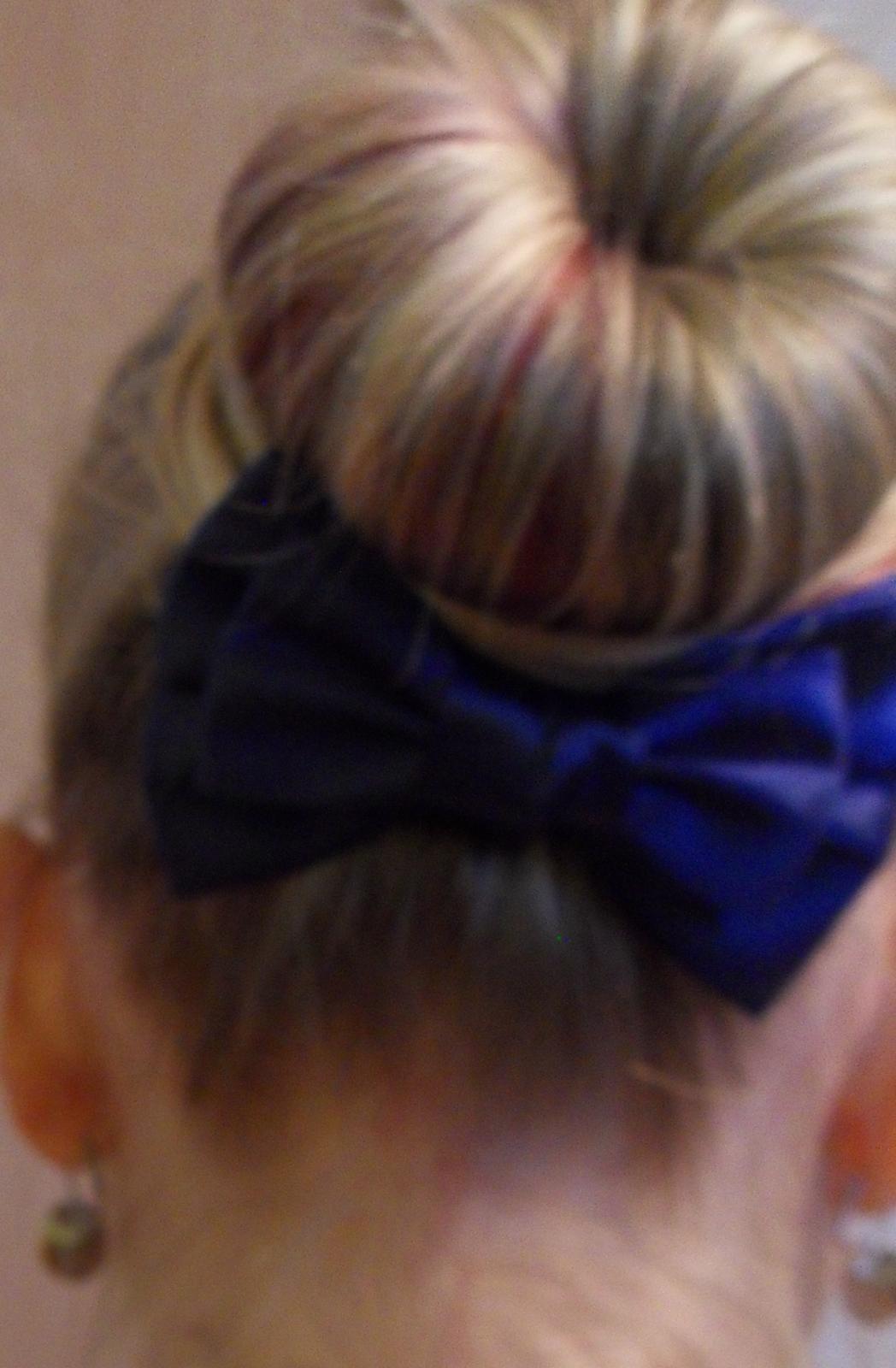 Tmavě modrá mašle do vlasů  - Obrázek č. 2