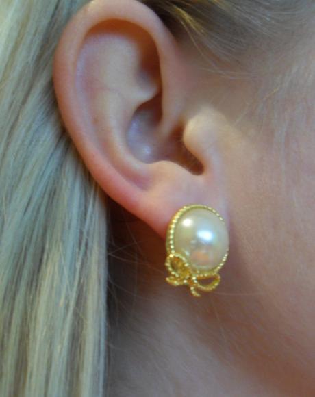 Perličkové náušnice se zlatým lemováním - Obrázek č. 1