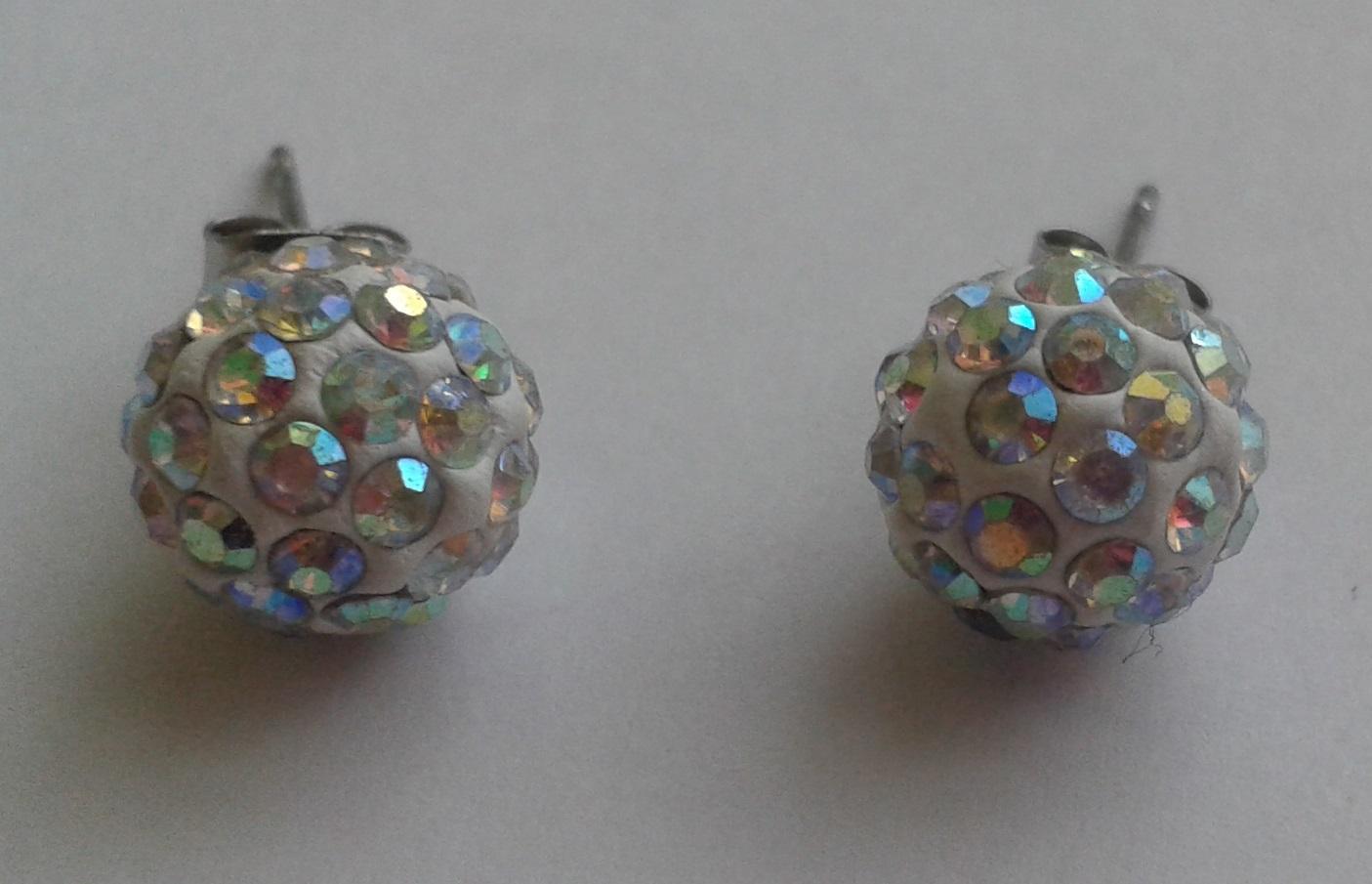 Elegantní náušnice kuličky s duhovými kameny - Obrázek č. 2