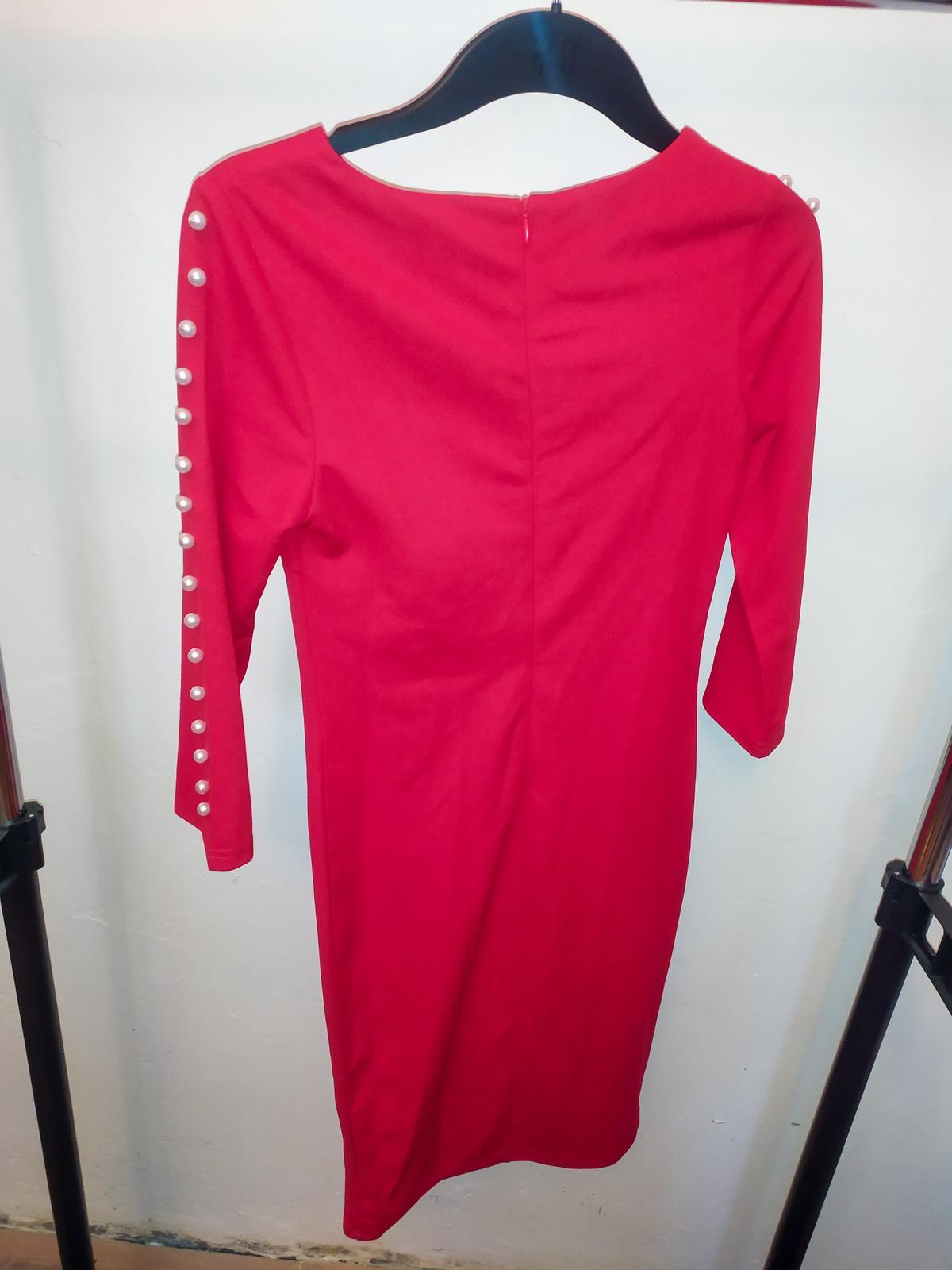 Červené šaty s perličkami SHEIN vel. XS - Obrázek č. 2