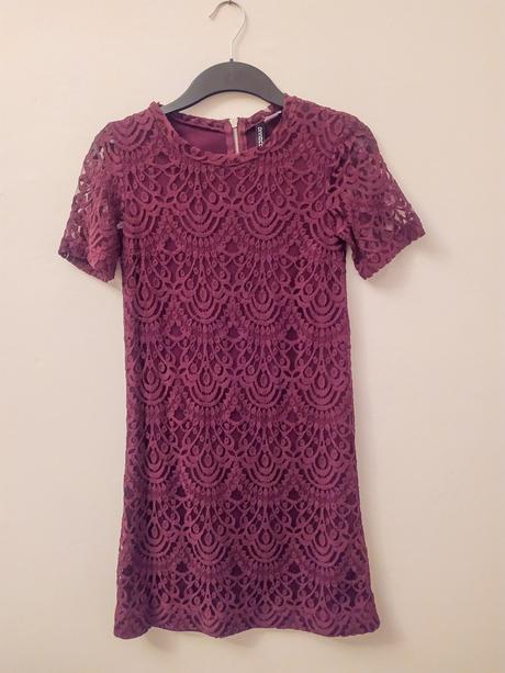 Vínové krajkové mini šaty H&M vel XS - Obrázek č. 1