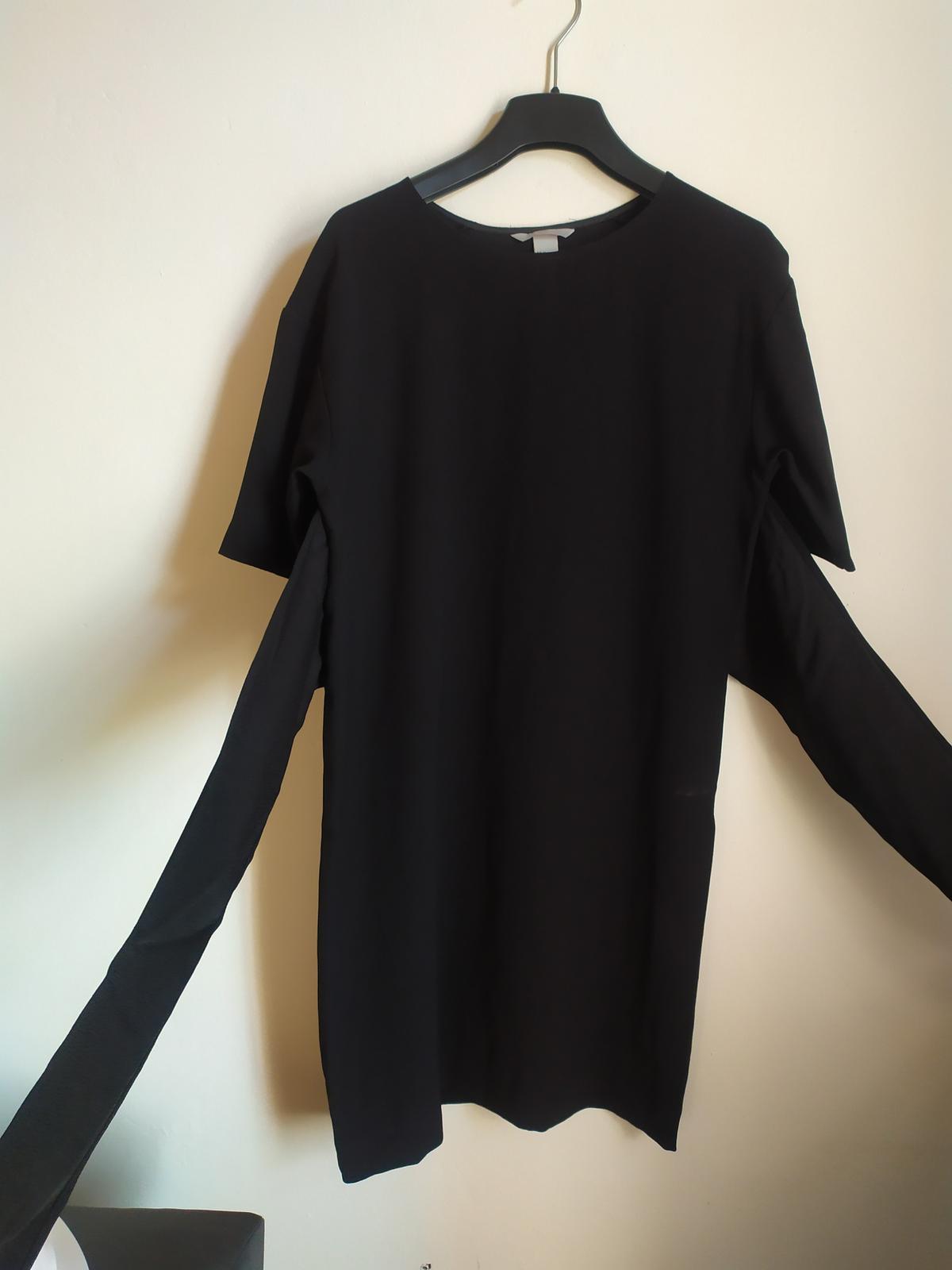 Černé formální šaty s úvazkem na mašli v pase H&M - Obrázek č. 1