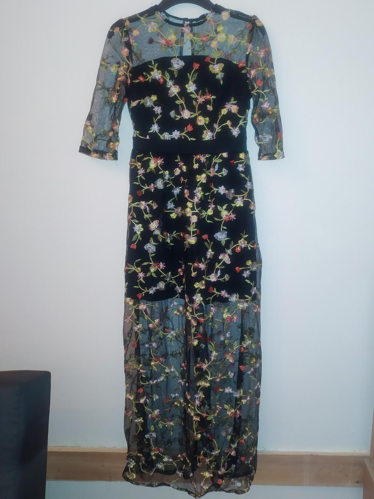 Maxi šaty černé s vyšívanými květinami - vel. S - Obrázek č. 2