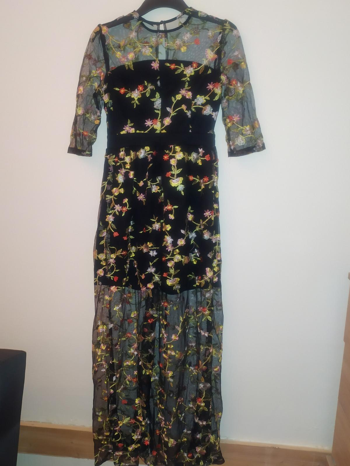 Maxi šaty černé s vyšívanými květinami - vel. S - Obrázek č. 3