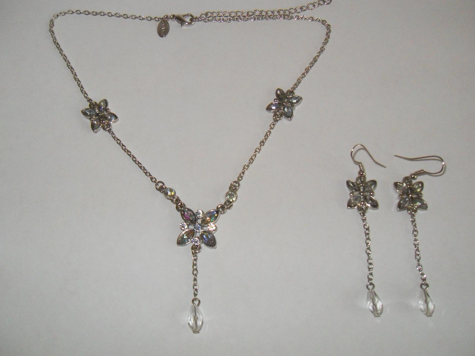 Set náhrdelník a náušnice motýli - Obrázek č. 2