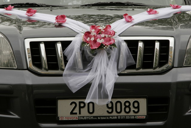Vyzdoby svadobných  áut - Obrázok č. 80