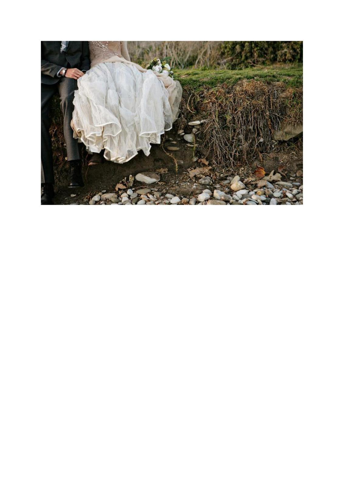 Zdravím všechny nevěsty i... - Obrázek č. 2