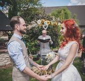 Dovjdílné svatební šaty, 36