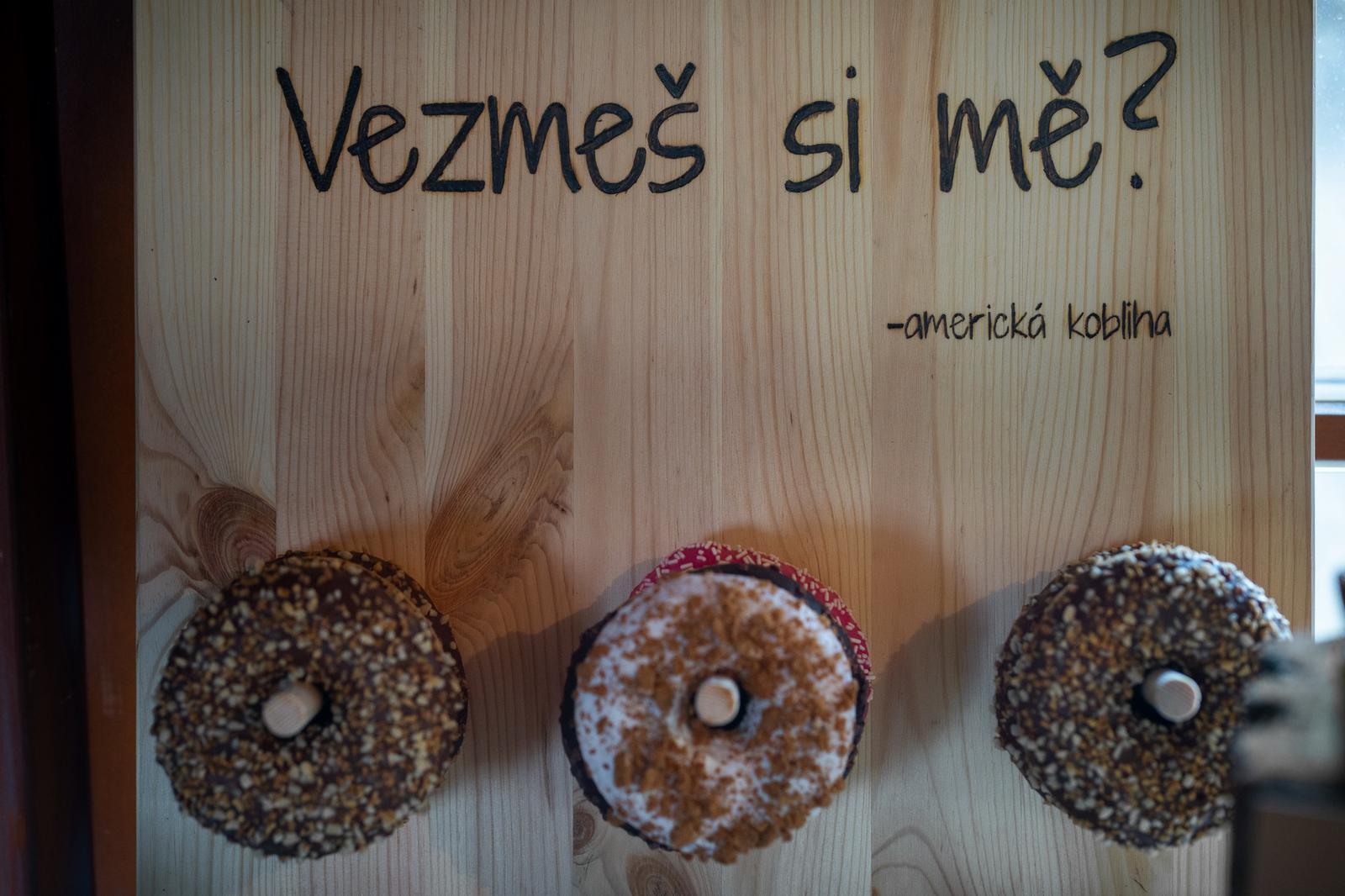 stěna na donuty - Obrázek č. 1