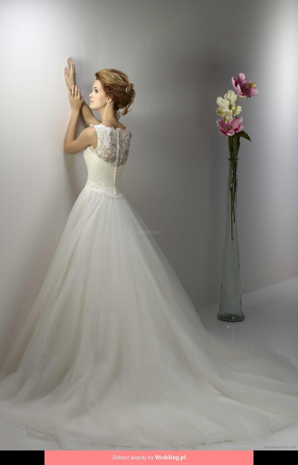 Svadobné šaty a iné doplnky na predaj  - Obrázok č. 1