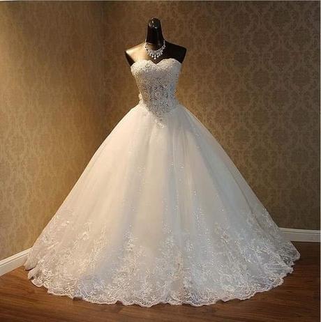 nove svadobne šaty - Obrázok č. 1