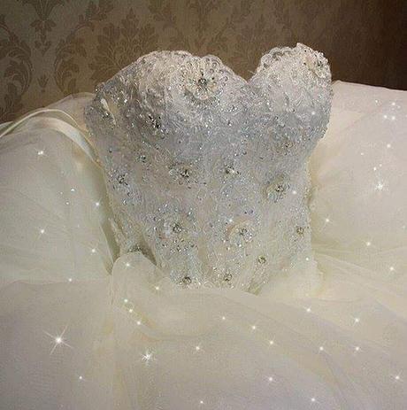 nove svadobne šaty - Obrázok č. 4