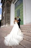 Prekásne vyšívané svadobné šaty - šnurovačka 38-40, 38