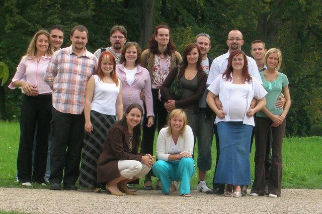 Jedinečný sraz... i zážitek - A tady máme kompletní vyslanou delegaci.. Následuje 13 fotek od Ženušky  :-)