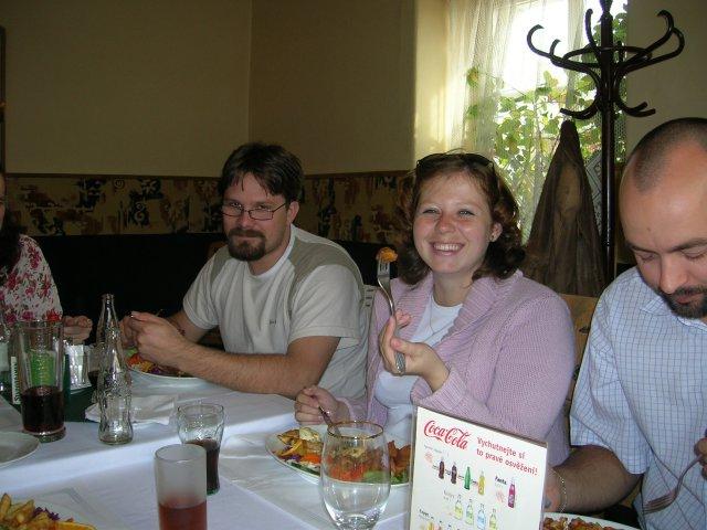 Jedinečný sraz... i zážitek - na obědě (manželé Kvídovi)