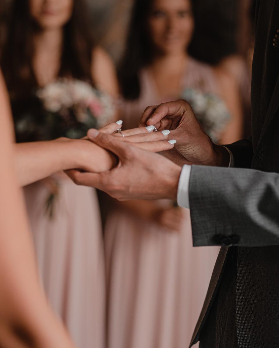 Krásný den,  svatba v rodinném... - Obrázek č. 1